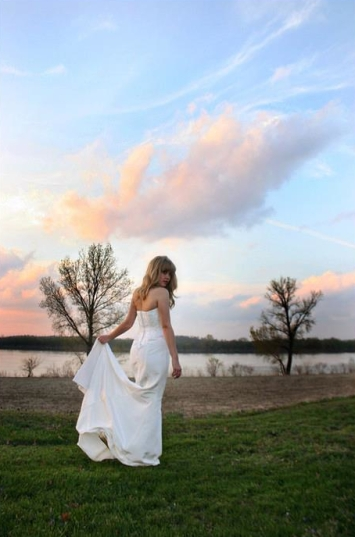 Bride in early sunset at the Emmick Plantation House
